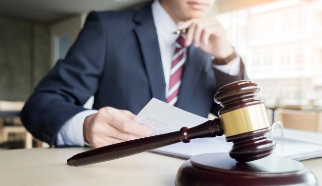 Los abogados de empresa ganan peso gracias a las operaciones legales